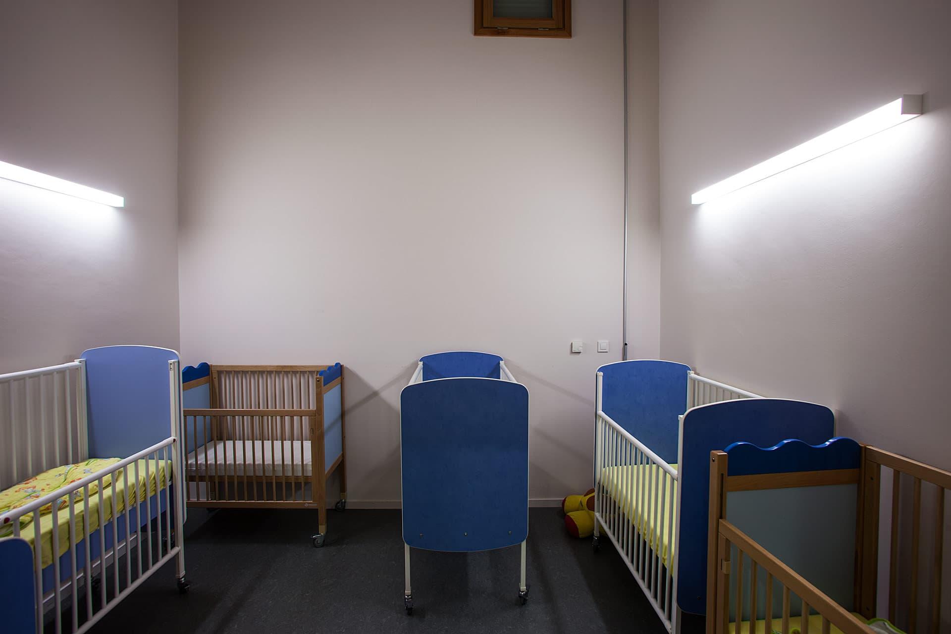 Eclairage d'une salle de l'école le petit prince