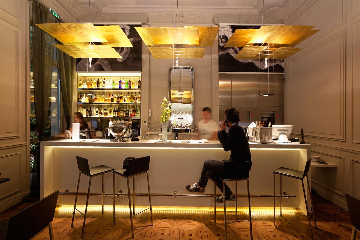 Eclairage du bar de l'hôtel C2 Marseille