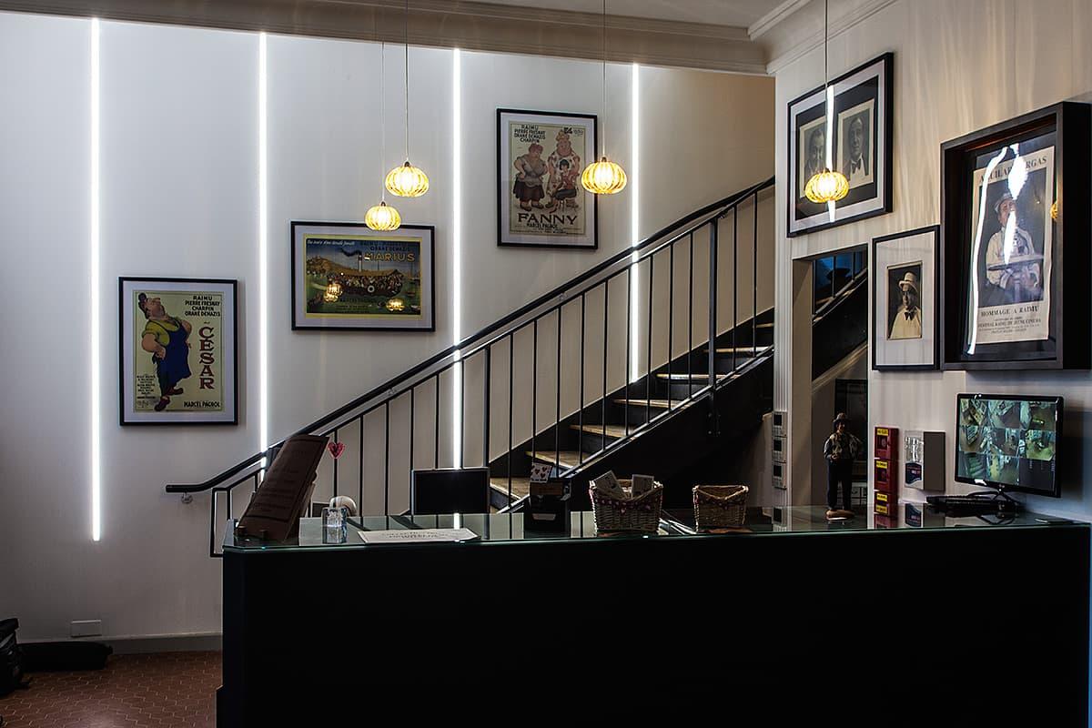 Eclairage de l'escalier du musée Raimu