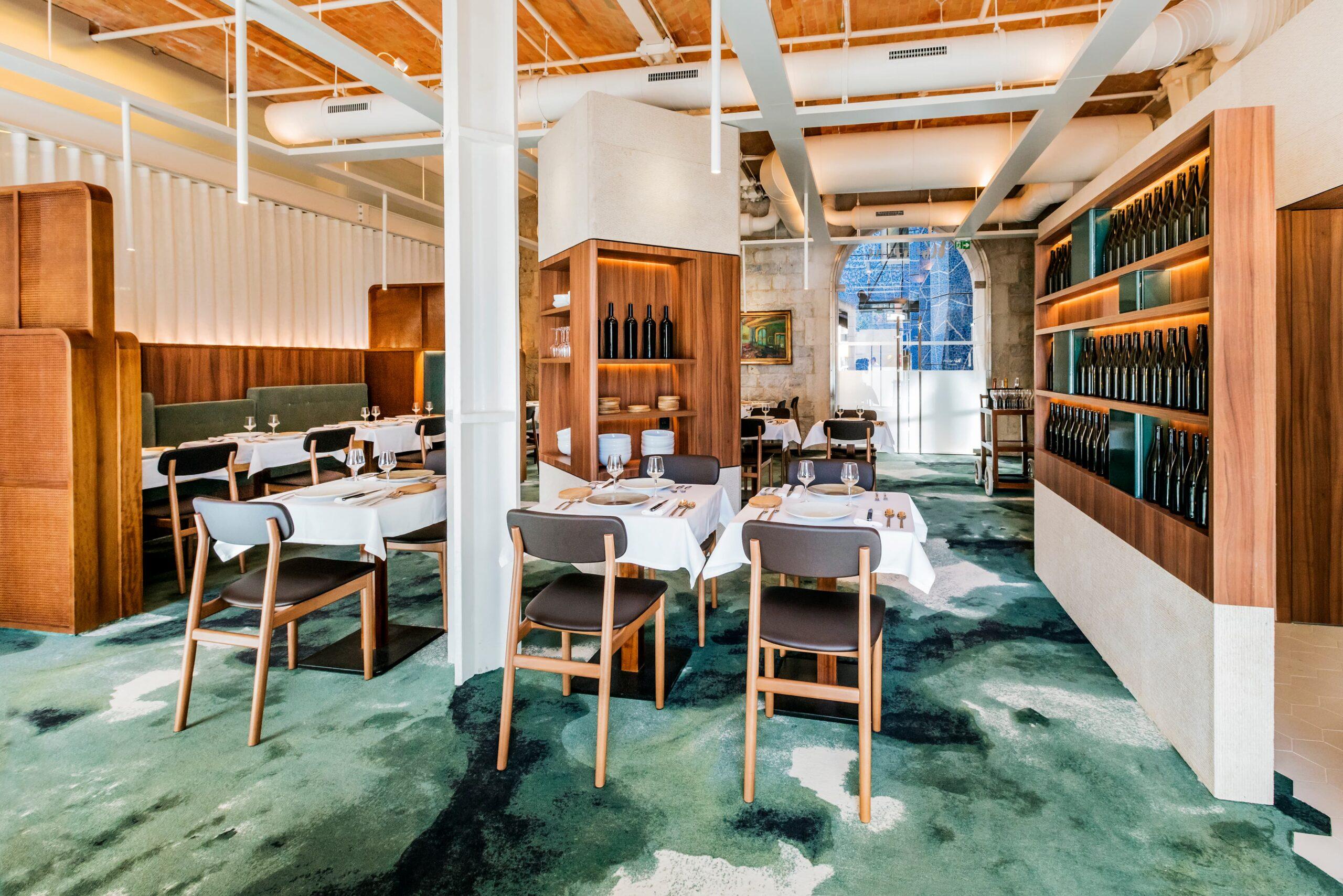 Vue d'ensemble de la salle de restaurant du Restaurant l'Albertine