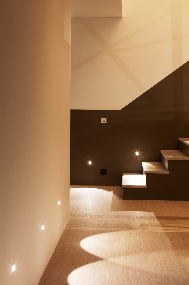 Eclairage de l'escalier de la villa Sierra