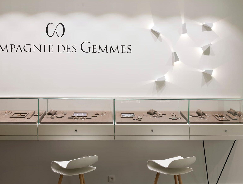 Eclairage des présentoirs de la compagnie des gemmes