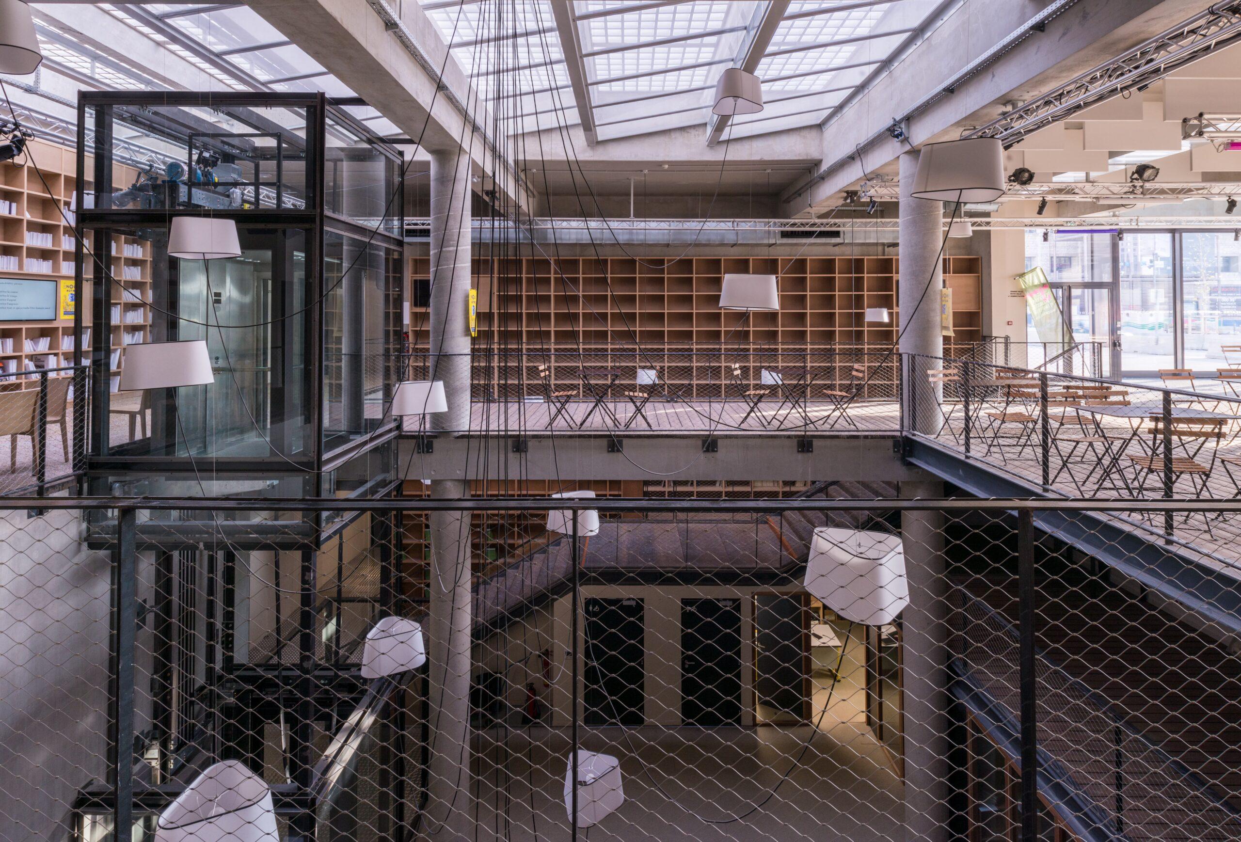 hall central du Théâtre de la Minoterie