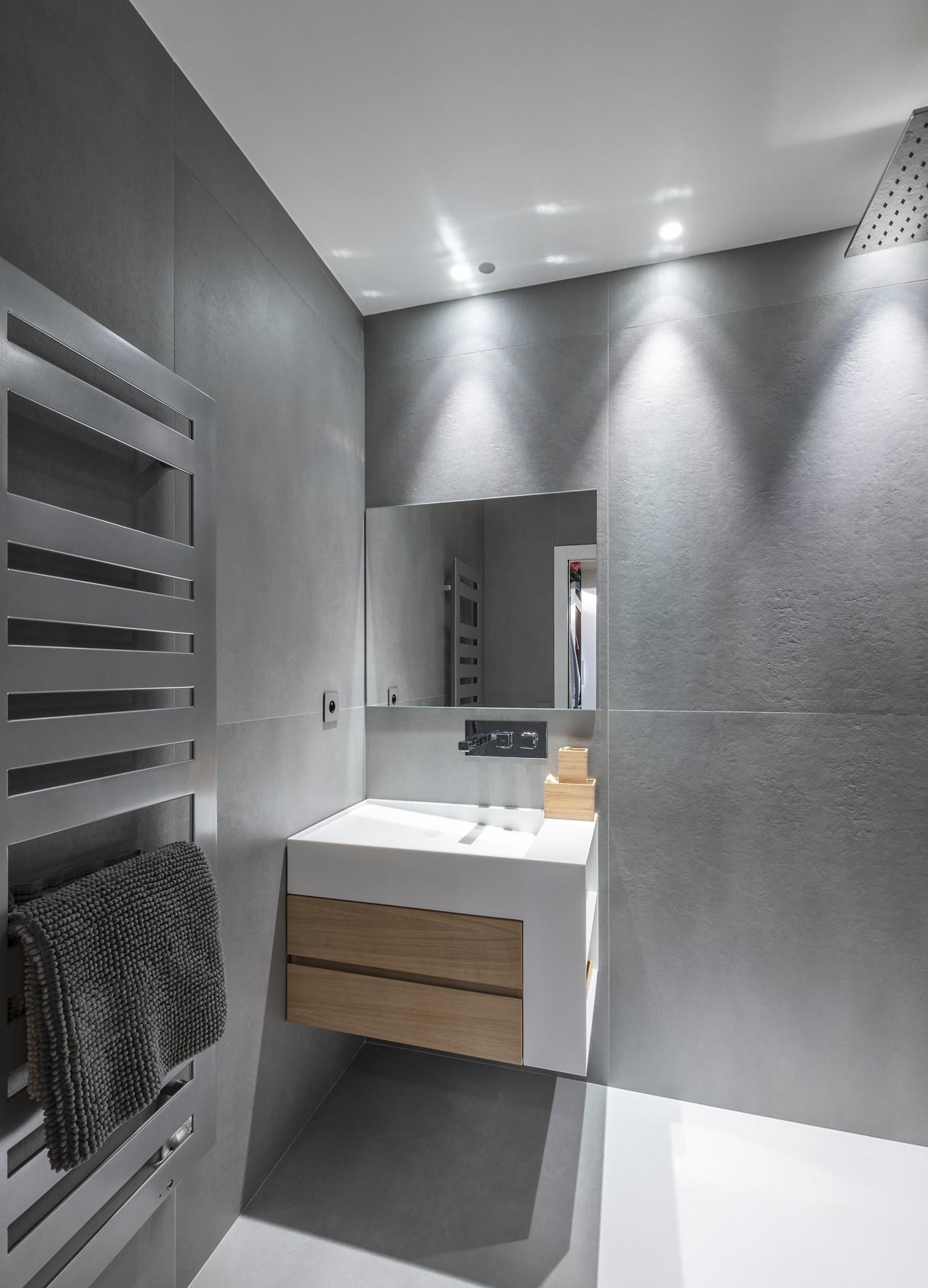 Eclairage de la salle de bain de la villa Alpha