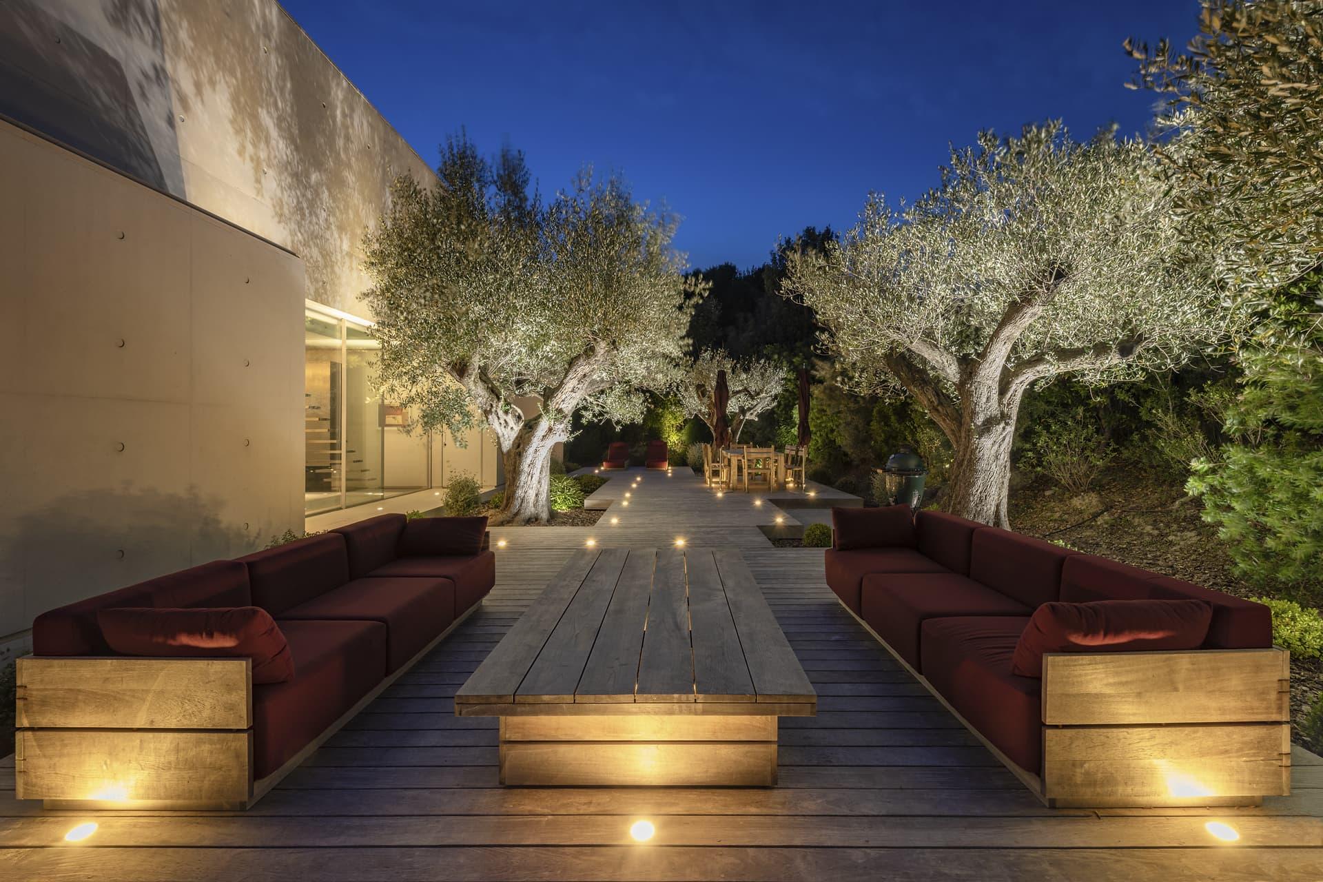 Terrasse et jardin de la villa privée Sigma