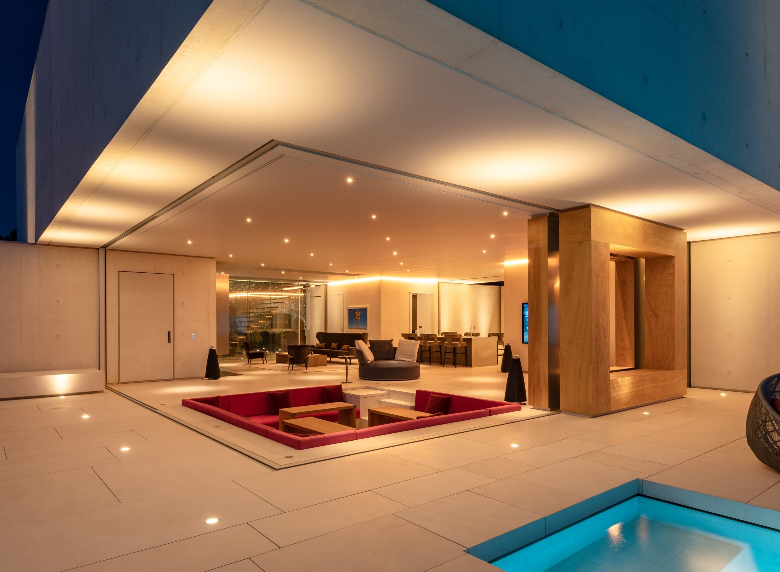 Eclairage intérieur et extérieur de la villa privée Sigma