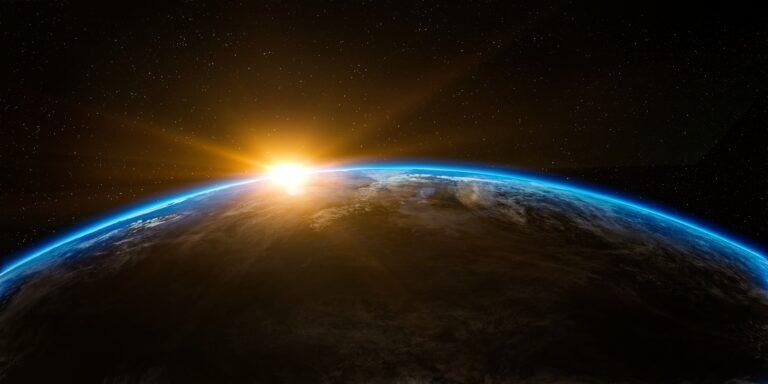 photo du soleil et de la terre représentant le cycle circadien